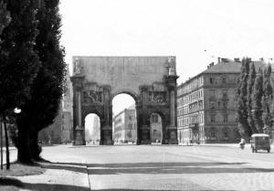 Hitler's Arch, Munich 1951